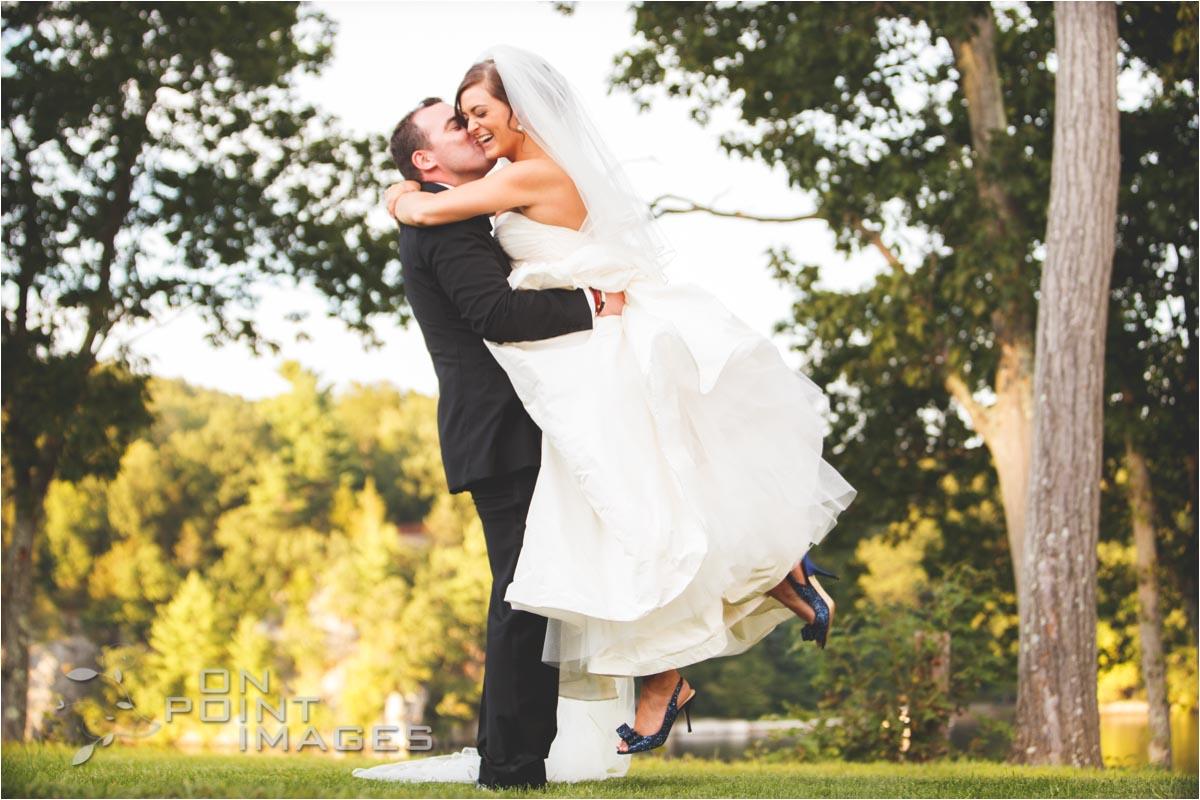 Waterview Wedding Photographs in Monroe CT
